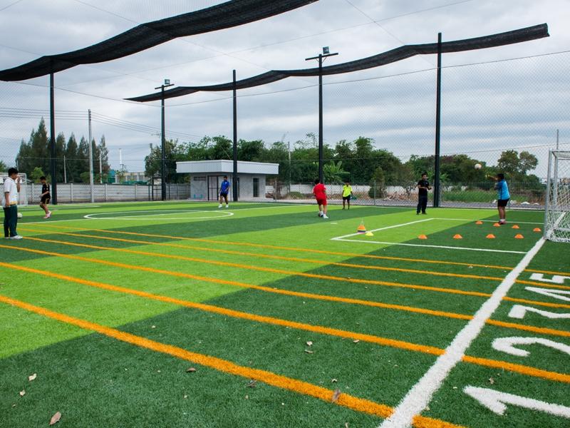 สนามฟุตบอลหญ้าเทียม โรงเรียนนภสรณัฐนนท์
