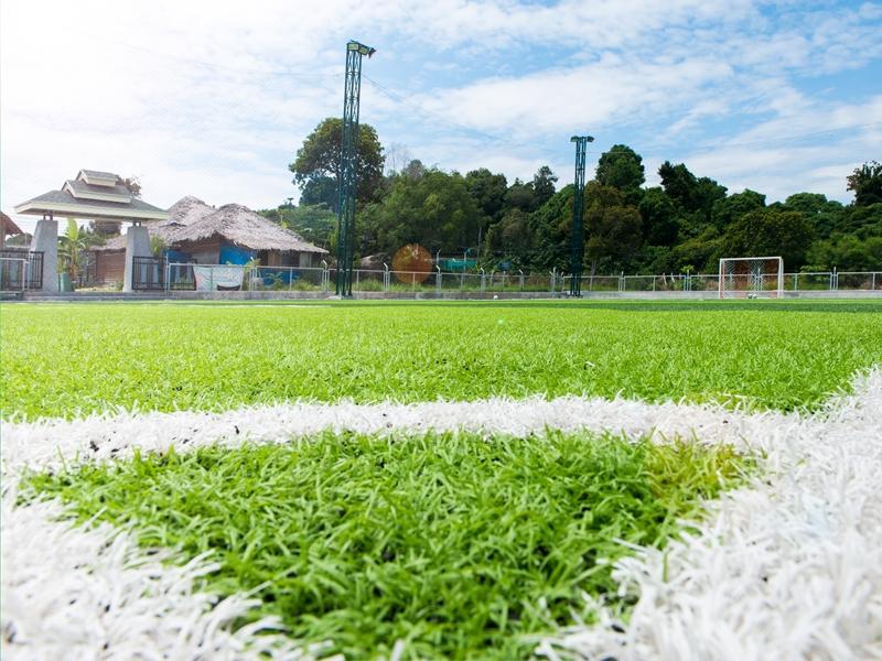 สนามฟุตบอลหญ้าเทียม หลีเป๊ะอารีน่า F.C.