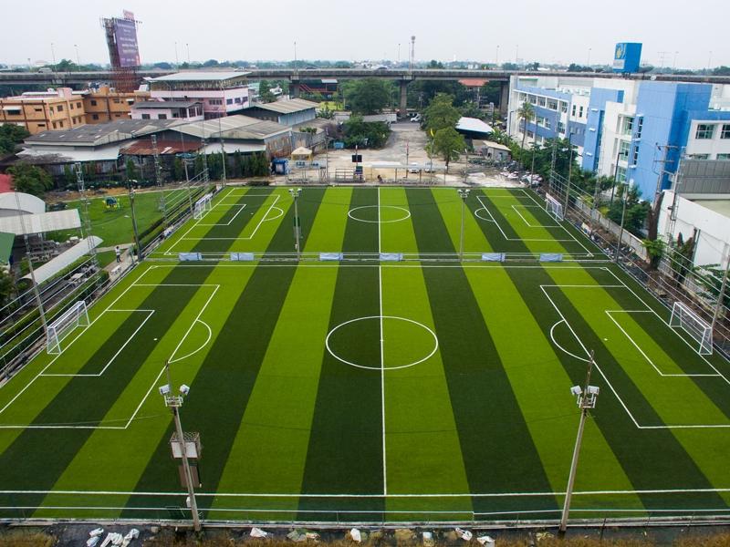 สนามฟุตบอลหญ้าเทียมใบแดง พุทธมณฑลสาย2