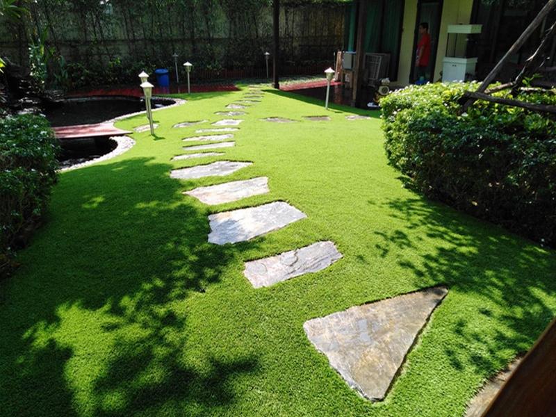 แต่งสวนด้วยหญ้าเทียม หมู่บ้านเพอร์เฟค มาสเตอร์พีซ