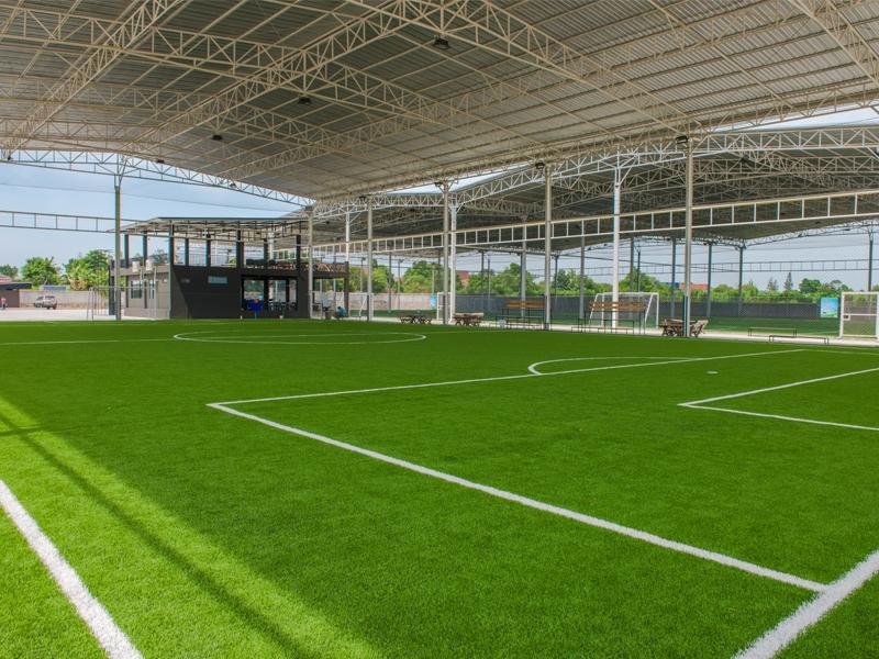 สนามฟุตบอลหญ้าเทียม Victor แหลมฉบัง