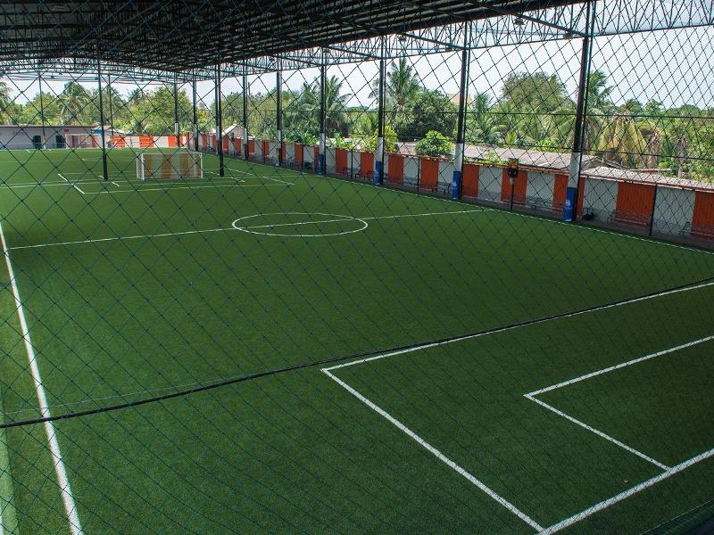 สนามฟุตบอลหญ้าเทียม ไทยเตะ