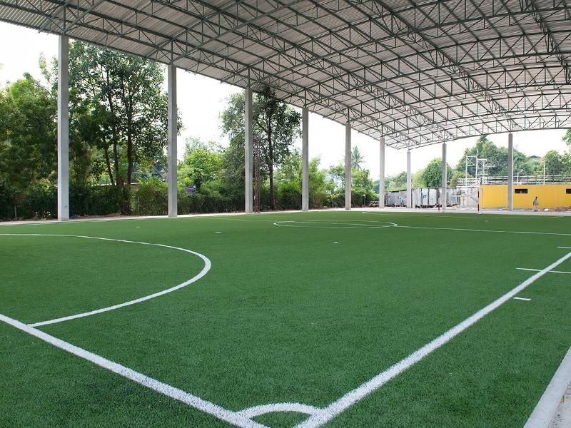 สนามฟุตบอลหญ้าเทียมในร่ม ขนาด5คน เทศบาลตำบลหนองปรือ