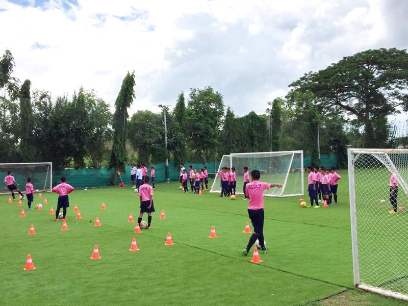 ศูนย์ฝึกฟุตบอลเยาวชน เลอสรร 12