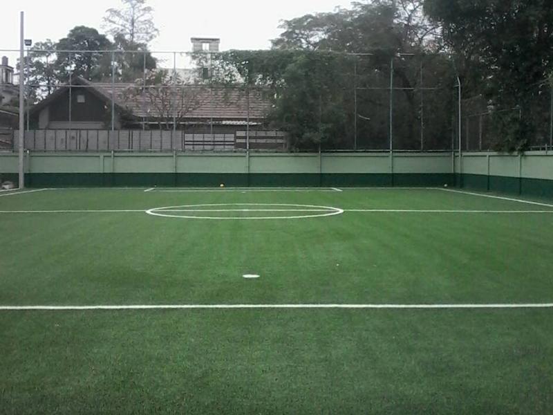 สนามฟุตบอลหญ้าเทียม โรงพยาบาลลาดพร้าว