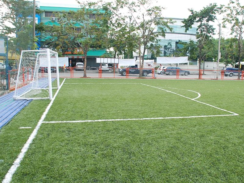 สนามฟุตบอลหญ้าเทียมโพธิ์แก้ว
