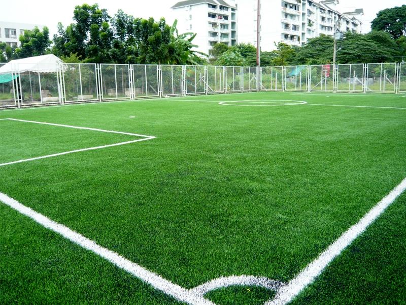 สนามฟุตบอลหญ้าเทียม บุญถาวร รัชดาภิเษก