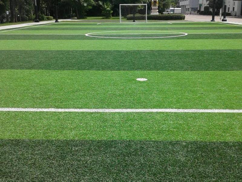 สนามฟุตบอลหญ้าเทียม บริษัท ไทยเบเวอร์เรจแคน