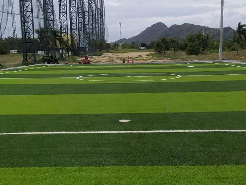 สนามฟุตบอลหญ้าเทียม ลพบุรี