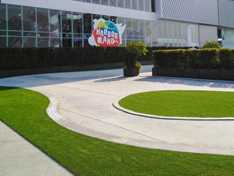 แต่งสวนหญ้าเทียม ห้างเกตเวย์ แอท บางซื่อ