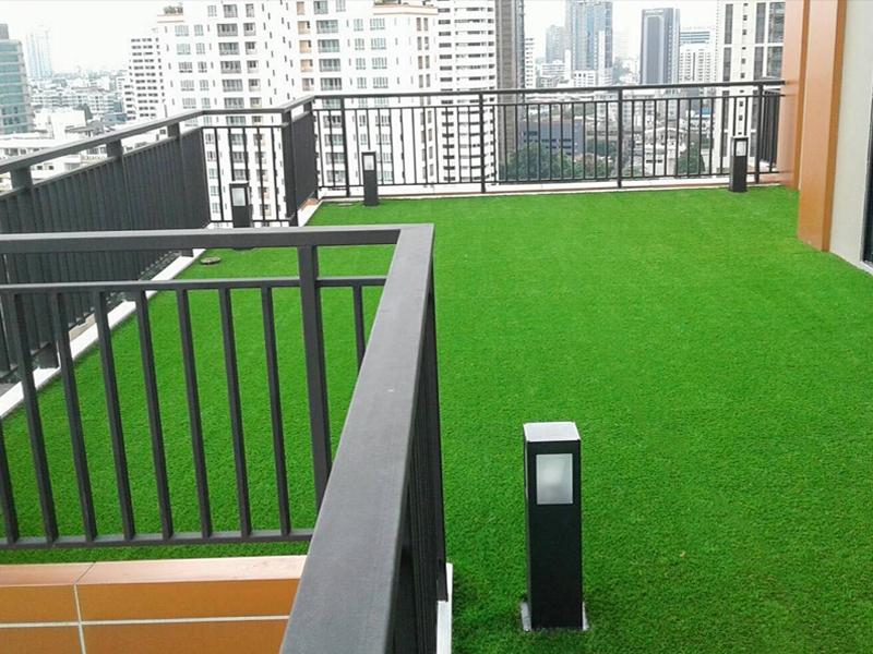 ระเบียงหญ้าเทียม upper suite