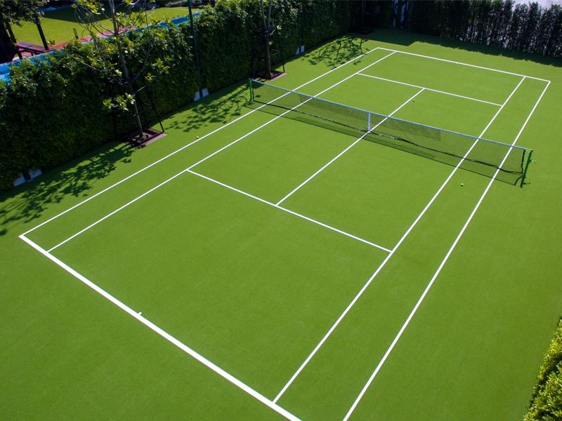 สนามเทนนิสหญ้าเทียม หมู่บ้านปรีชา
