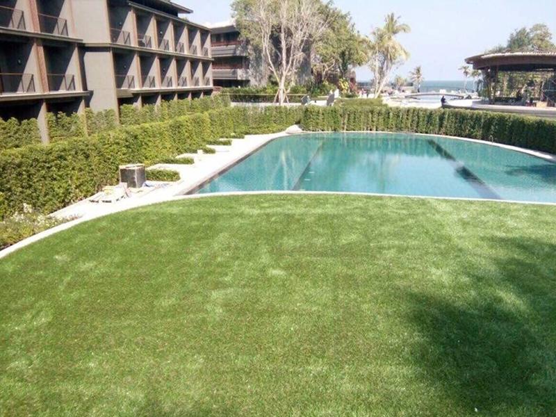 แต่งสวนหญ้าเทียม โรงแรม หัวหิน แมริออท รีสอร์ท แอนด์ สปา