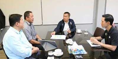 ประชุมความคืบหน้าสร้างสนามหญ้าเทียม ณ ศูนย์ฝึกกีฬาฟุตบอลแห่งชาติ ม.กรุงเทพธนบุรี