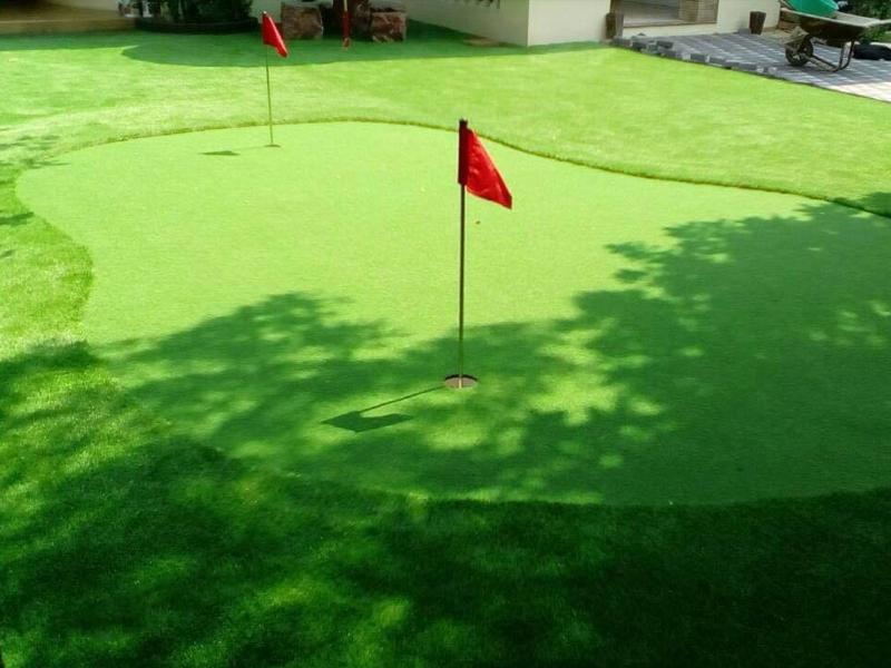 กรีนพัตต์กอล์ฟพร้อมจัดสวน หมู่บ้านลดาวัลย์ ปิ่นเกล้า