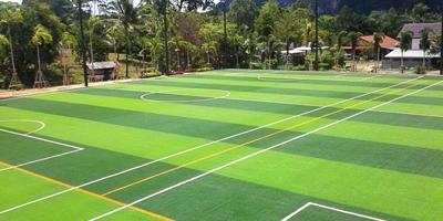 สนามฟุตบอลหญ้าเทียม อ่าวนาง จังหวัดกระบี่