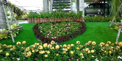จัดสวนด้วยหญ้าเทียม ความกลมกลืนอย่างเป็นธรรมชาติ