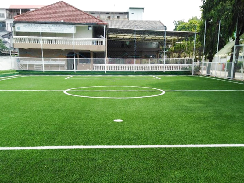 สนามฟุตบอลหญ้าเทียม โรงเรียนพัฒนาเด็กศรีจันทร์ ขอนแก่น