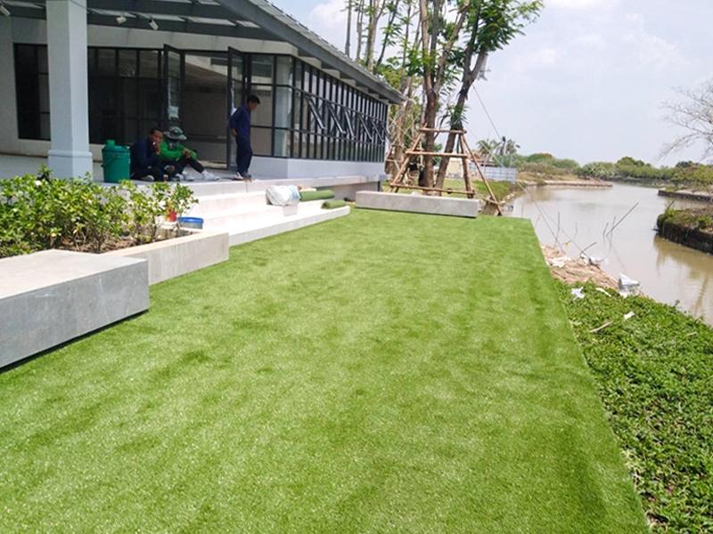 หญ้าเทียมตกแต่งสวน ศูนย์ศิลปาชีพเกาะเกิด