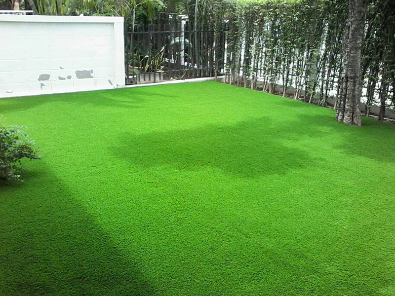 จัดสวนหญ้าเทียมหน้าบ้าน สราญสิริ ราชพฤกษ์