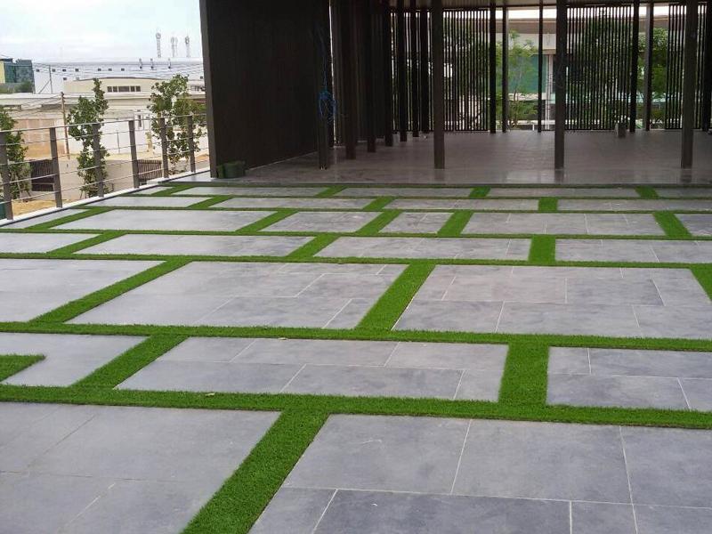 หญ้าเทียมแต่งดาดฟ้าและพื้นทางเดิน The Residence