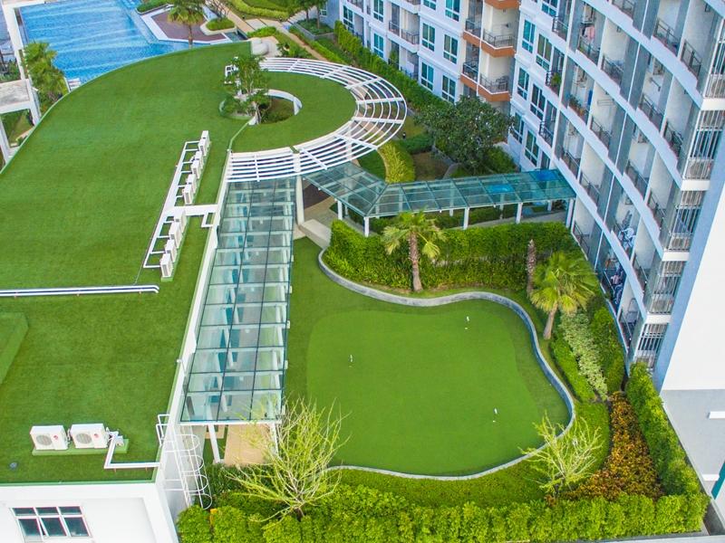 จัดสวนหญ้าเทียมบนดาดฟ้า คอนโดศุภาลัย