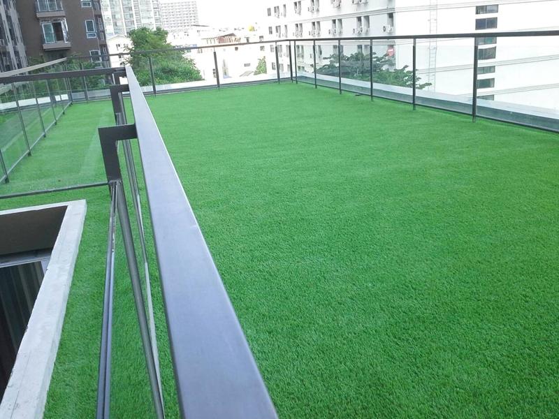 หญ้าเทียมปูระเบียง เซ็นทริค ห้วยขวาง-รัชดาภิเษก