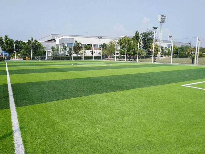 สนามฟุตบอลหญ้าเทียม โรงงานสยามคูโบต้า
