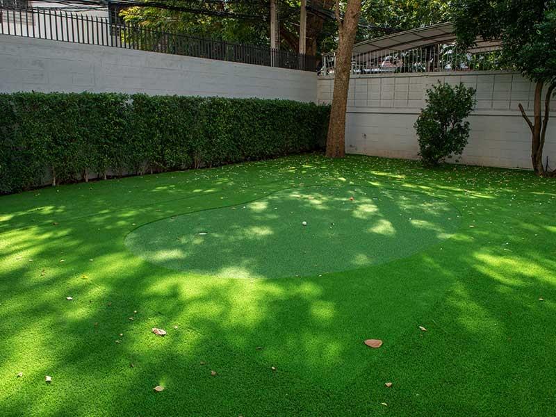 กรีนพัตต์กอล์ฟสำเร็จรูปในสวน บ้านสาทร