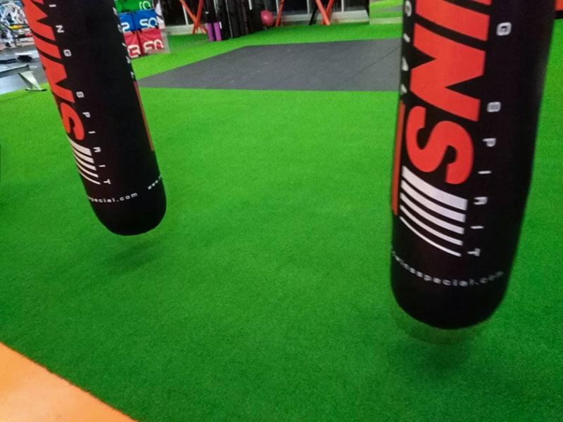หญ้าเทียมสำหรับฟิตเนส WE Fitness Society Pinklao Club