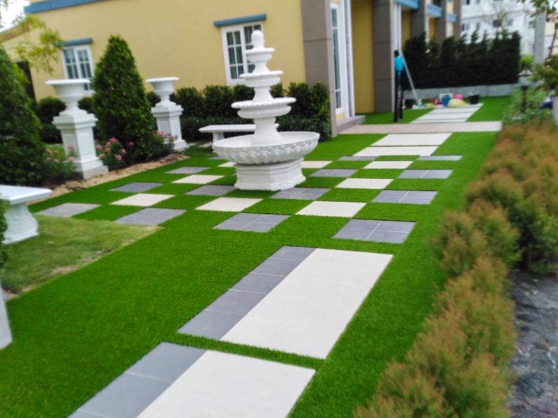 หญ้าเทียมแต่งบ้าน โครงการโกลเด้นทาวน์2 สุขุมวิท-ศรีนครินทร์