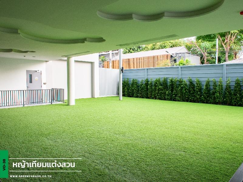 จัดสวนหญ้าเทียม -โรงเรียนนานาชาติคิงส์คอลเลจกรุงเทพ