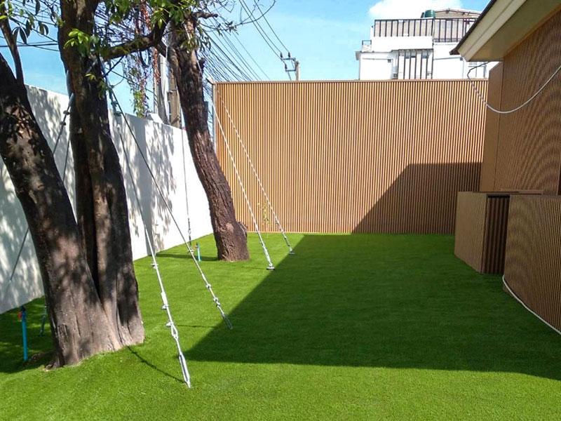 หญ้าเทียมแต่งบ้าน ย่านซอยลาดพร้าว 64