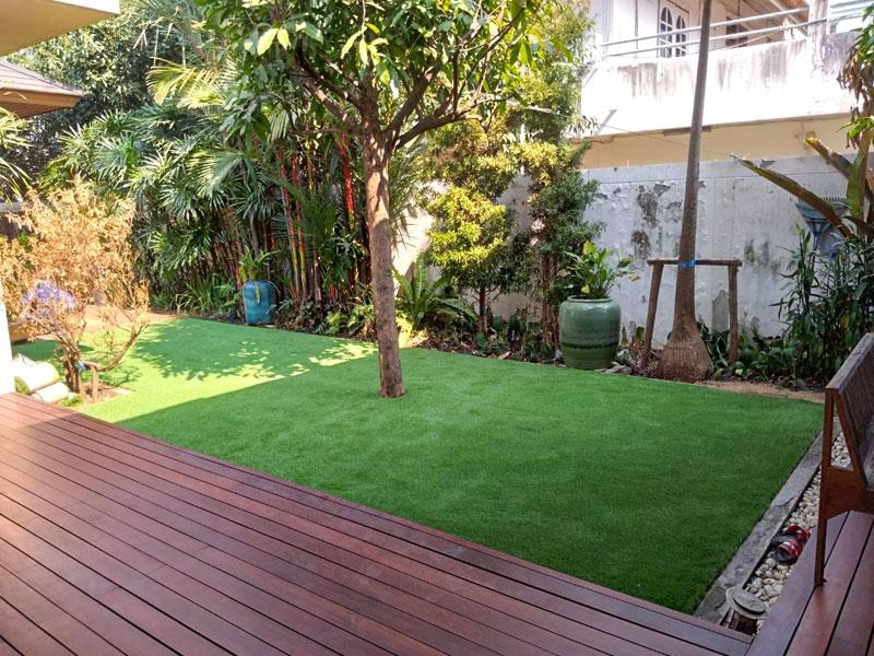 จัดสวนหญ้าเทียม บ้านพักย่านรามอินทรา 19 แยก 12